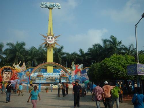 Essel-World-Mumbai-rainbow ride