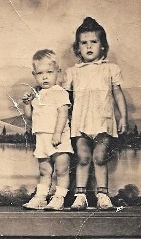Larry Vaughn and Pat White ca1945_cu.jpg