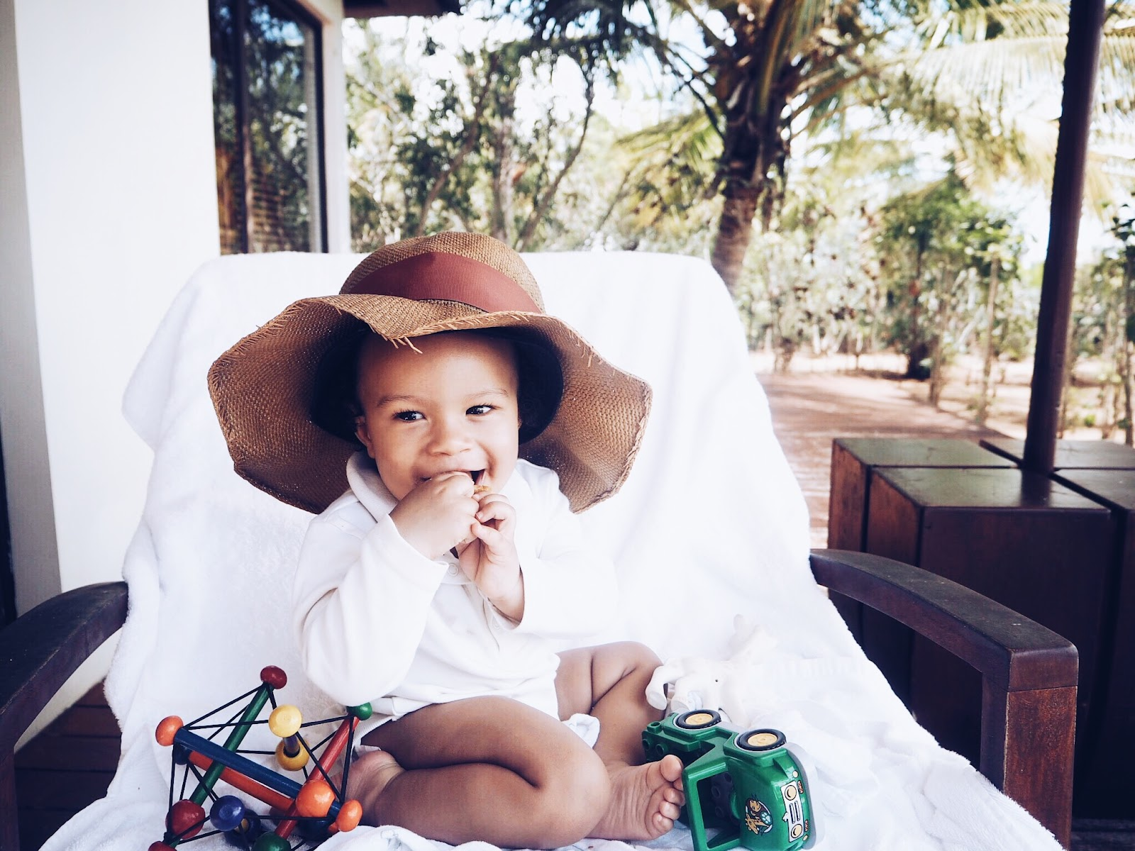 6 sun safety tips for babies and toddlers