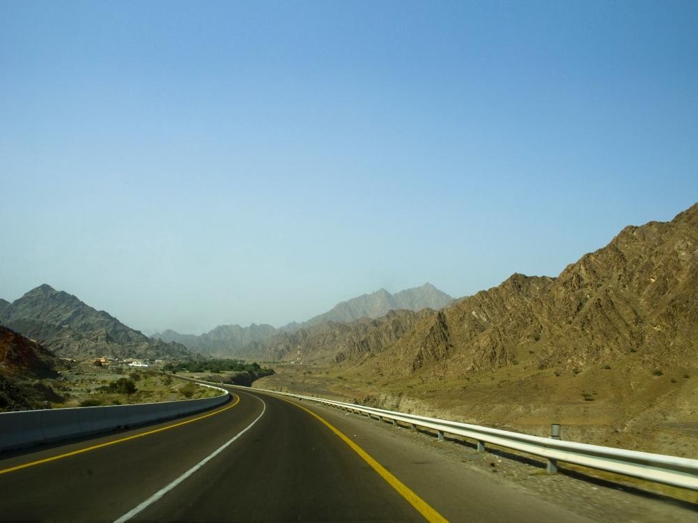 Holidayme_UAE_Roadtrips_Fujairah_shutterstock_43226896