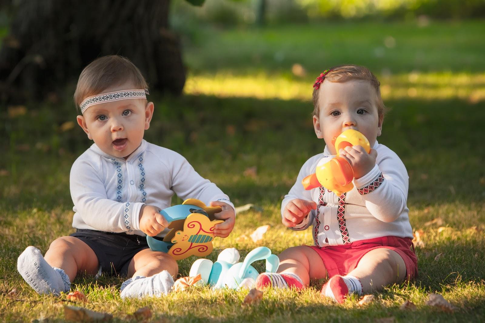 Em meio à crise de coronavírus, crianças não brincam em parques e playgrounds e, com isso, deixam de se socializar com outros bebês (Fonte: Freepik)