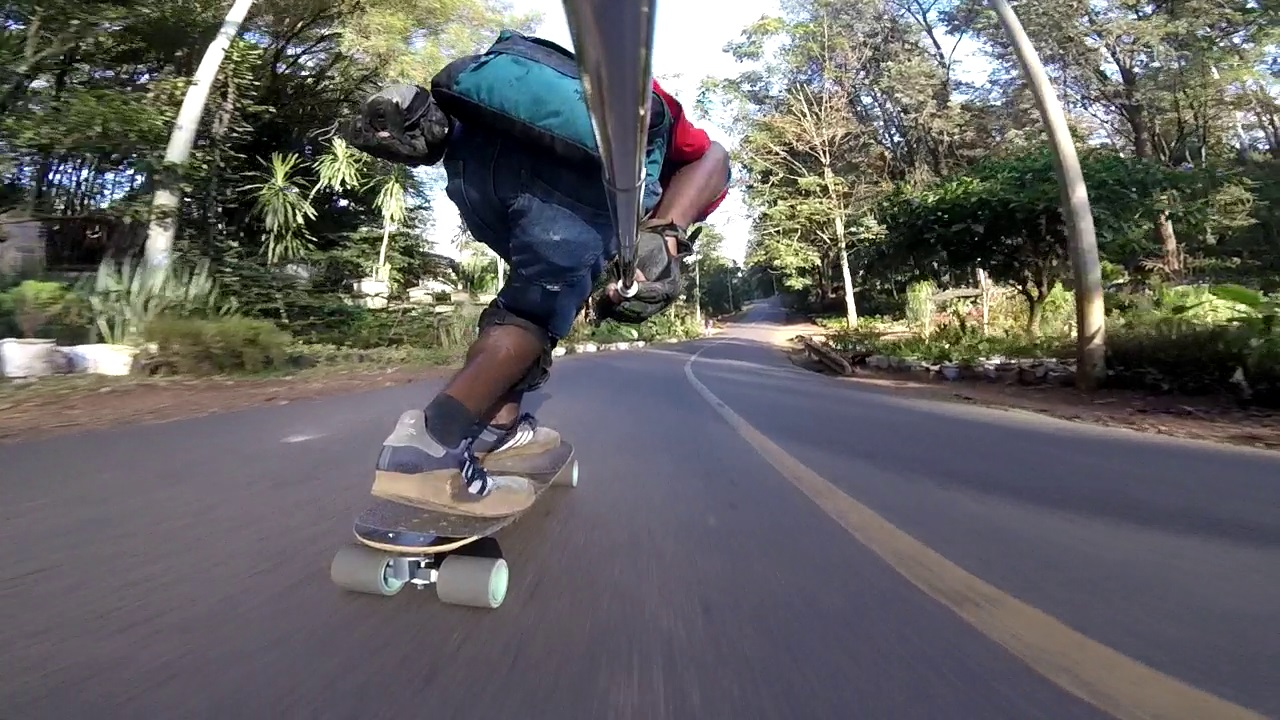 longboarder diving right