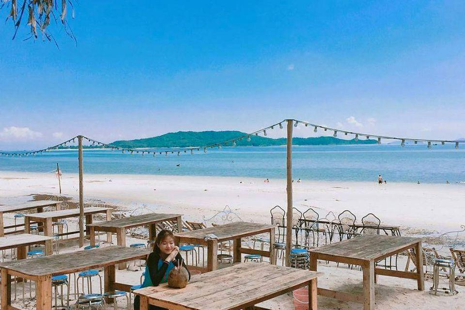 5 Bãi biển đẹp nhất khi du lịch cô tô không thể bỏ qua