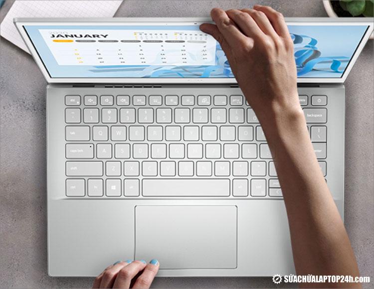 Dell Inspiron 13 5301 gọn nhẹ và đa chức năng