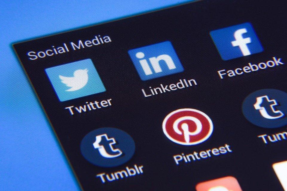 Social Media, Facebook, Twitter, Instagram, Icons