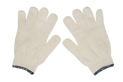 Đôi găng tay nhìn nhỏ gọn nhưng lại là vật dụng cần thiết trên ô tô