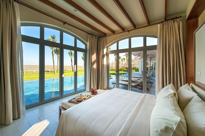 Bể bơi riêng cho mỗi căn FLC Luxury resort Sầm Sơn