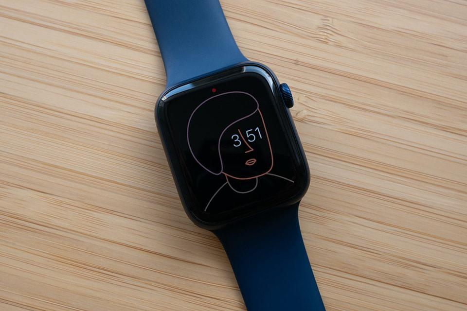 Apple Watch Series 6 GPS 44mm viền nhôm dây cao su