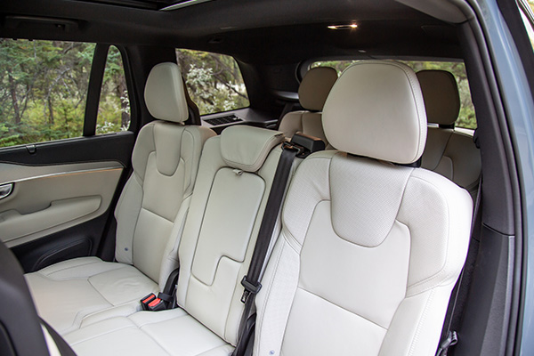 The-interior-of-the-Volvo-XC90