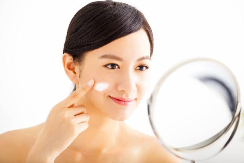 Mách bạn các bước chăm sóc da mặt ban đêm cơ bản