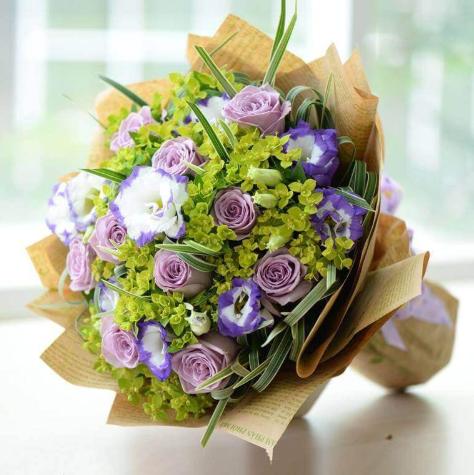 Nên lựa chọn đơn vị cung cấp hoa tươi uy tín