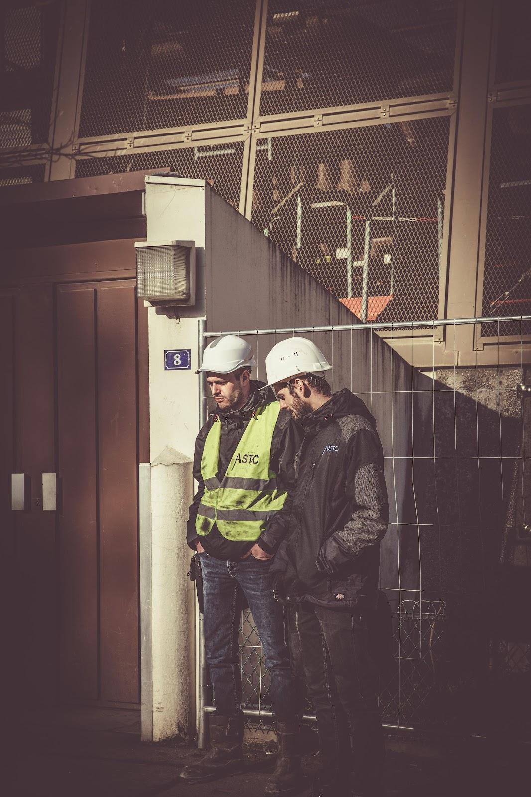 azo employees at bulk unloading plant
