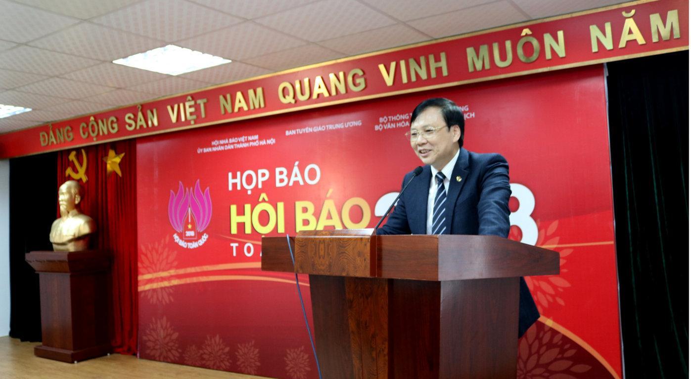 http://nguoilambao.vn/upload_images/images/hoibao2.JPG