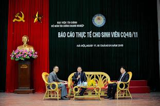 Ông Đặng Anh Vinh và Ông Lê Hữu Đoàn chia sẻ kinh nghiệm về quản lý tài chính tại Tổng công ty Sông Đà