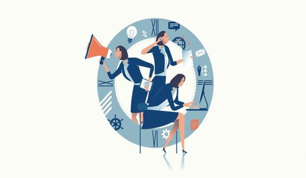 Đội ngũ nhân viên chuyên nghiệp là yếu tố quan trọng cần xem xét trước khi xem báo giá dịch vụ Digital Marketing