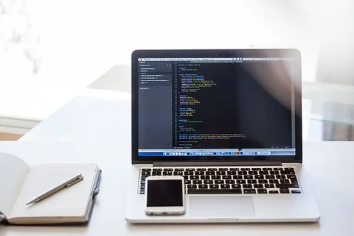 What is the Language Used for Building iOS and Android Apps?