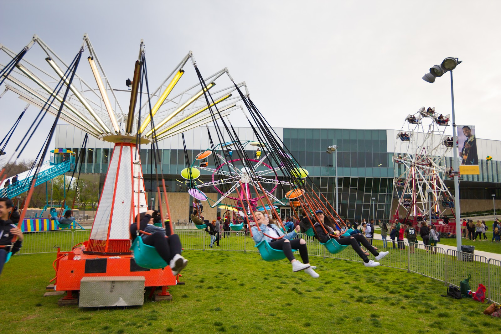 Homecoming festival rides and students