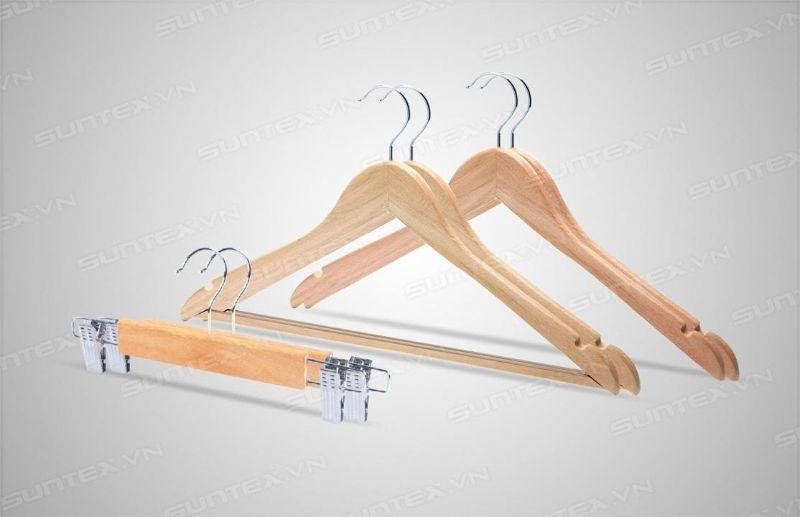 Móc treo quần áo - Vật dụng hữu ích cho tủ đồ của bạn