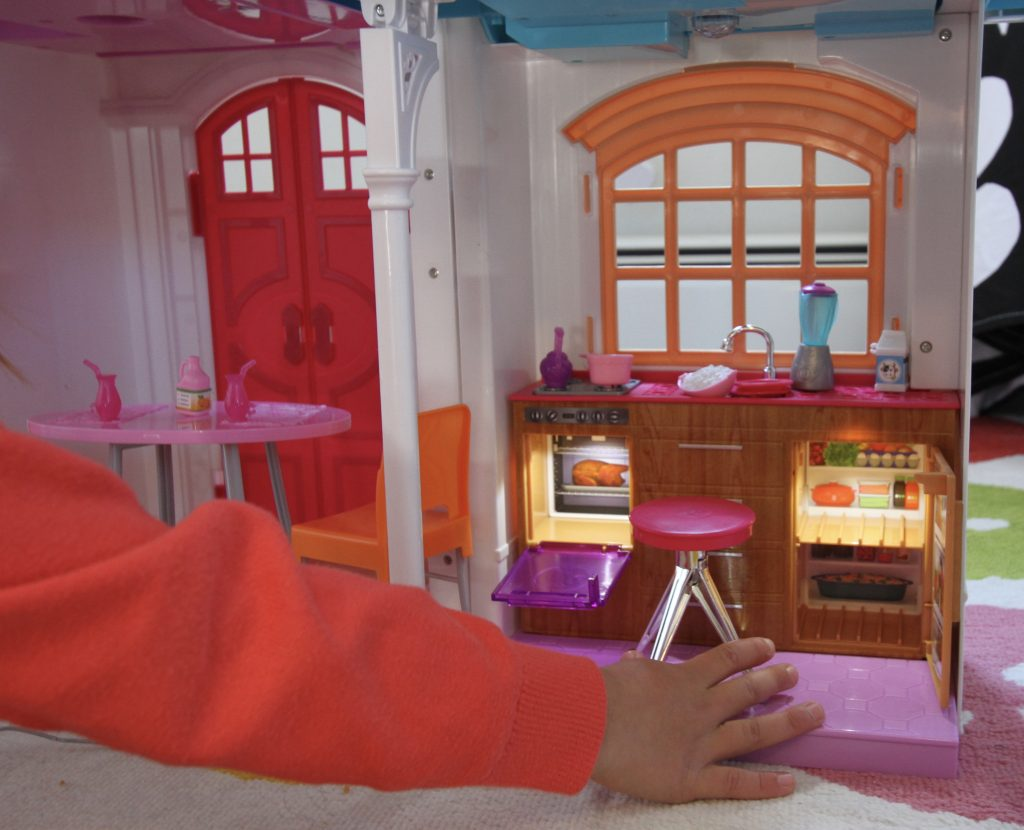 Barbie® Hello Dreamhouse™