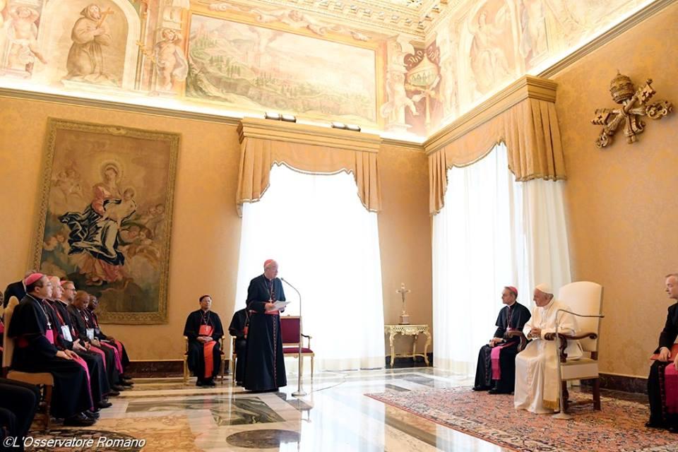 Đức Thánh Cha gặp gỡ các thành viên của Nhóm do Ngài thành lập chống lại Nạn Buôn người