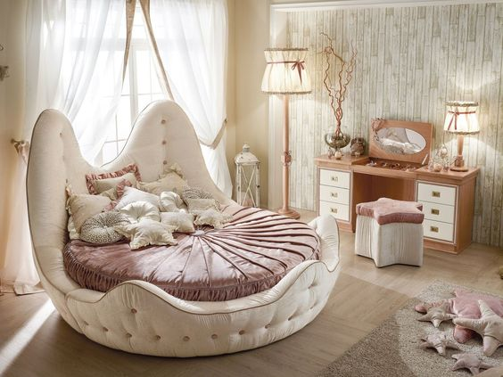 Pink Pearl Mixed Champagne Tone in Bedroom