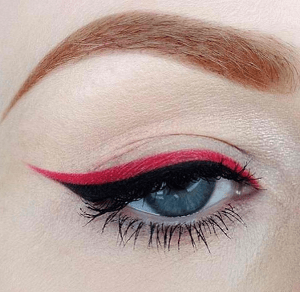Red Eyeliner parallel style