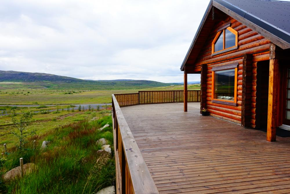 Cedar Log Cabin nearby Selfoss in South Iceland