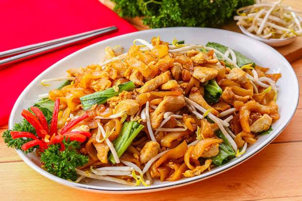 5. Chinese Food di Indonesia - Kwetiaw