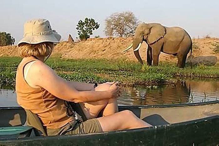 Mana Pools canoeing