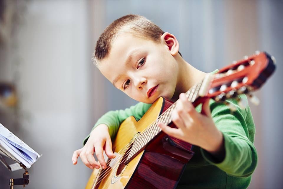 C:\Users\admin\Desktop\guitar-lessons-north-little-rock.jpg