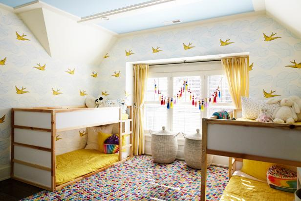 Cheer Him Up With a Sunny Yellow Room