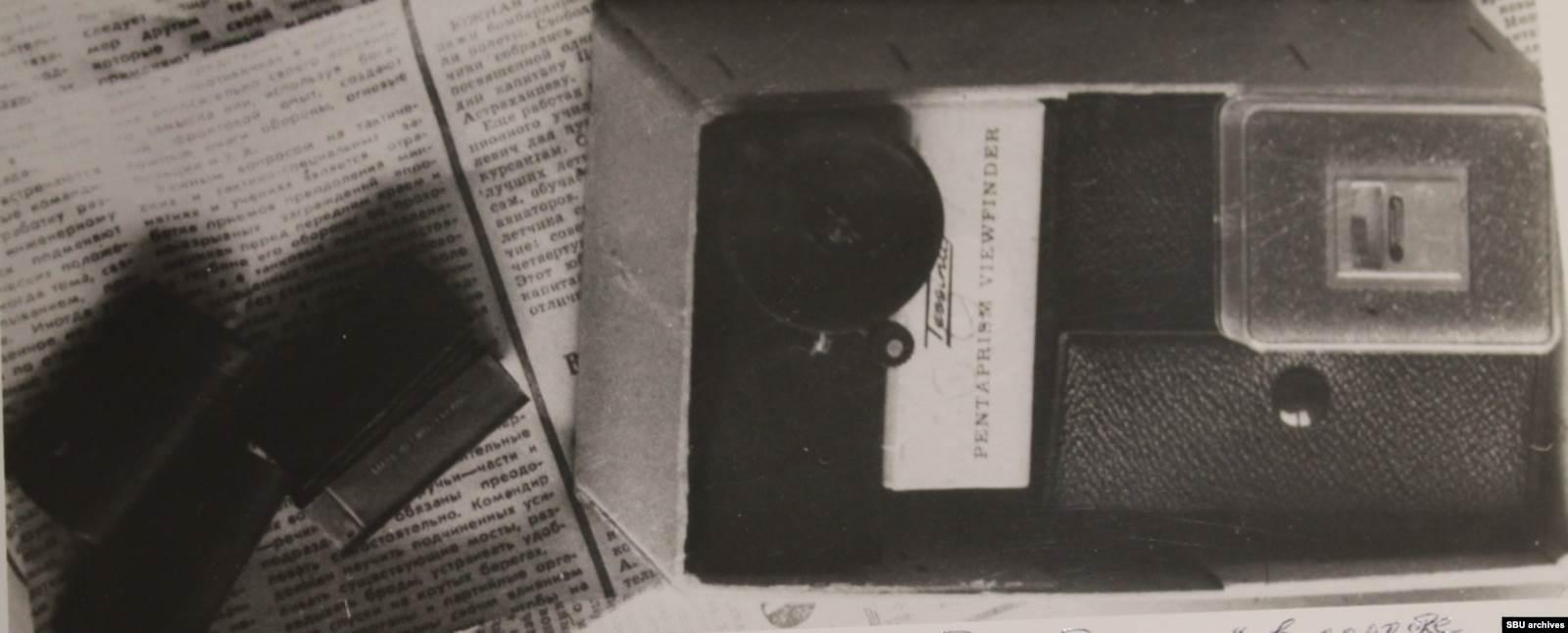 Фотоаппарат «Тессина», переданный Пушкарю Цоем. Снимок из уголовного дела