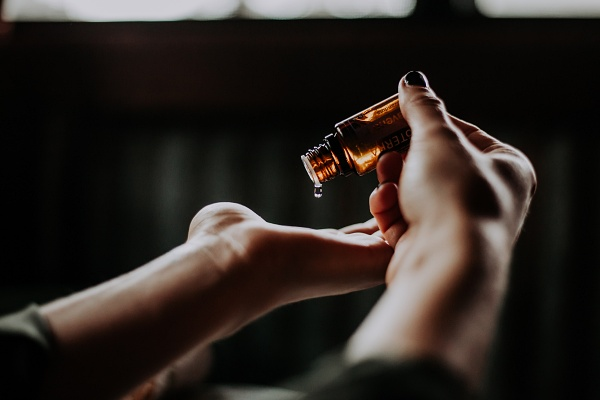 香水調香注意事項-精油過敏反應測試