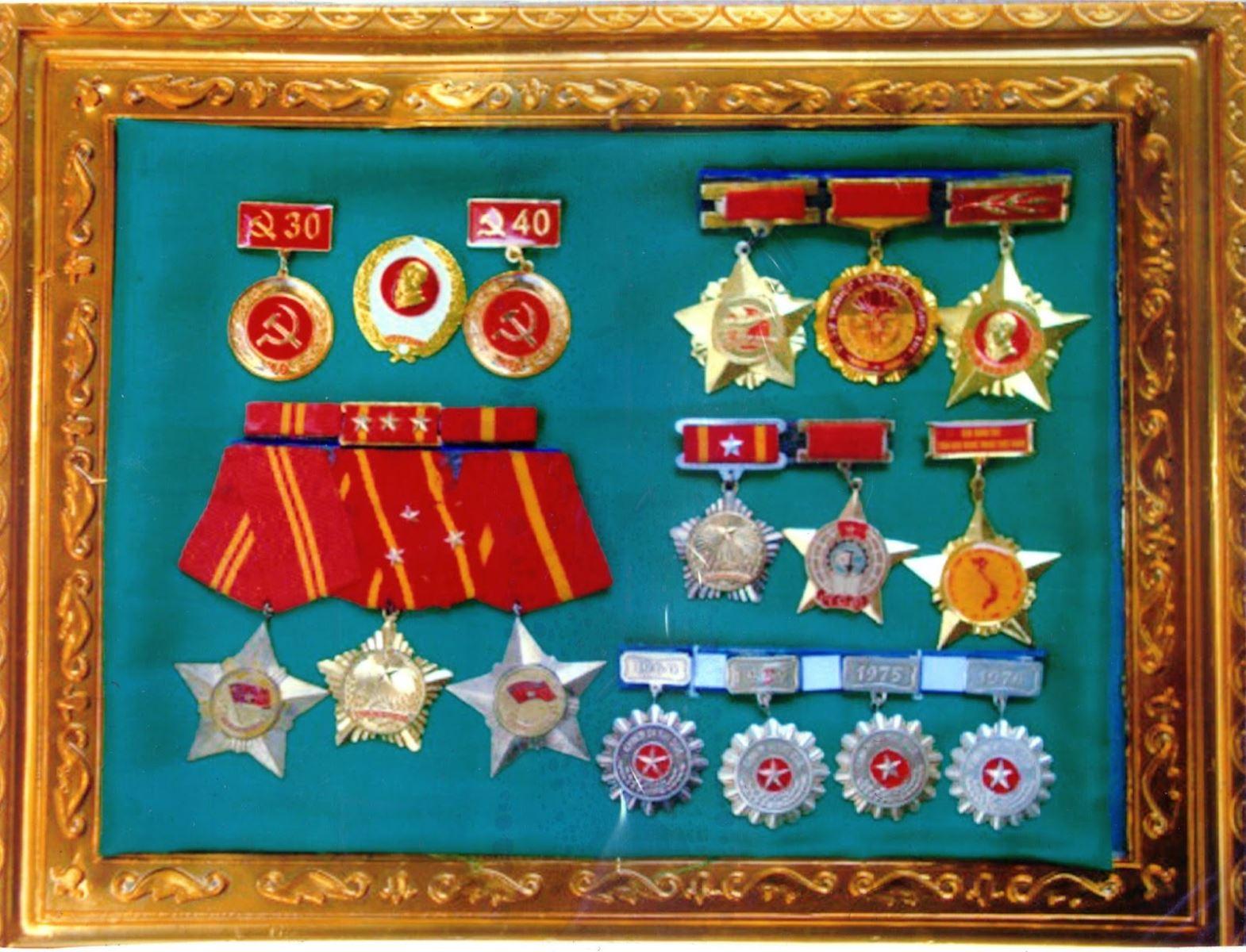 Mẫu huy chương
