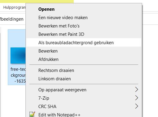 Snel windows 10 achtergrond instellen via rechtermuisknop.
