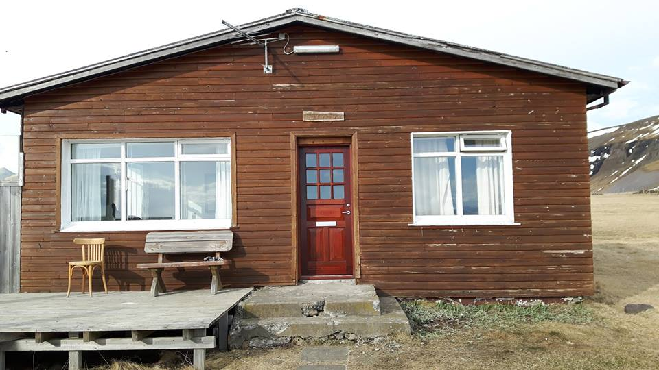 Holiday house perfect for travellers who are wandering around the west and north of Iceland