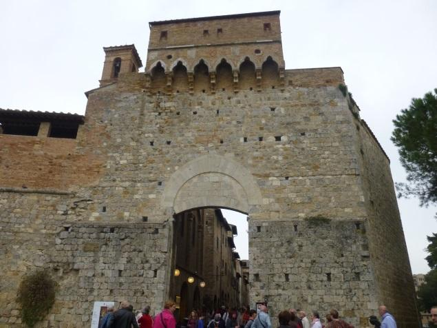 C:\Users\Gonzalo\Desktop\Documentos\Fotografías\La Toscana\103_PANA\103_PANA\P1030366.JPG