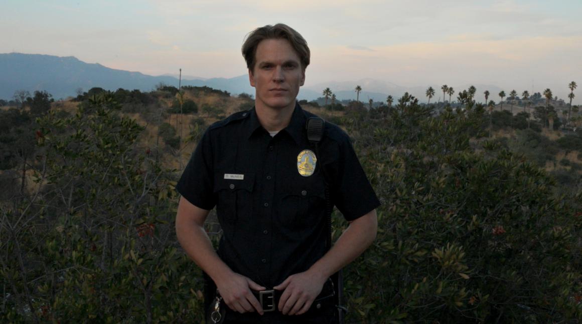 Cops Are Actors, de Tova Mozard