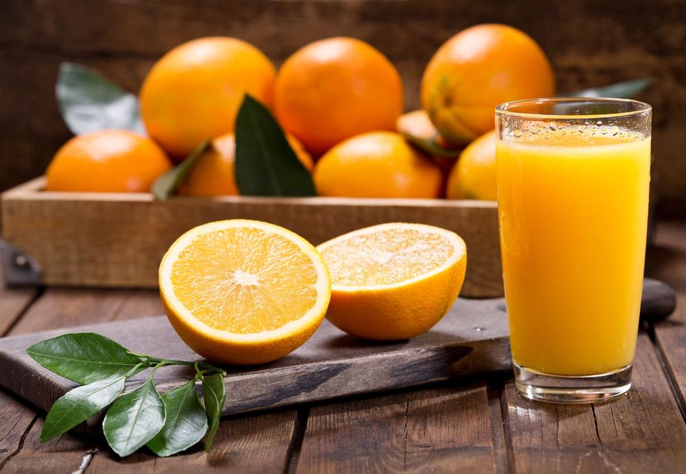 O sumo é o principal produto feito a partir da fruta cítrica. (Fonte: Shutterstock/Nitr)