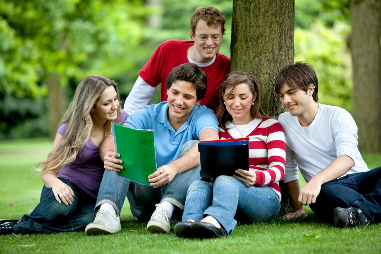 Với tấm bằng GCE 'O', học sinh có thể làm hồ sơ học chương trình dự bị Đại học