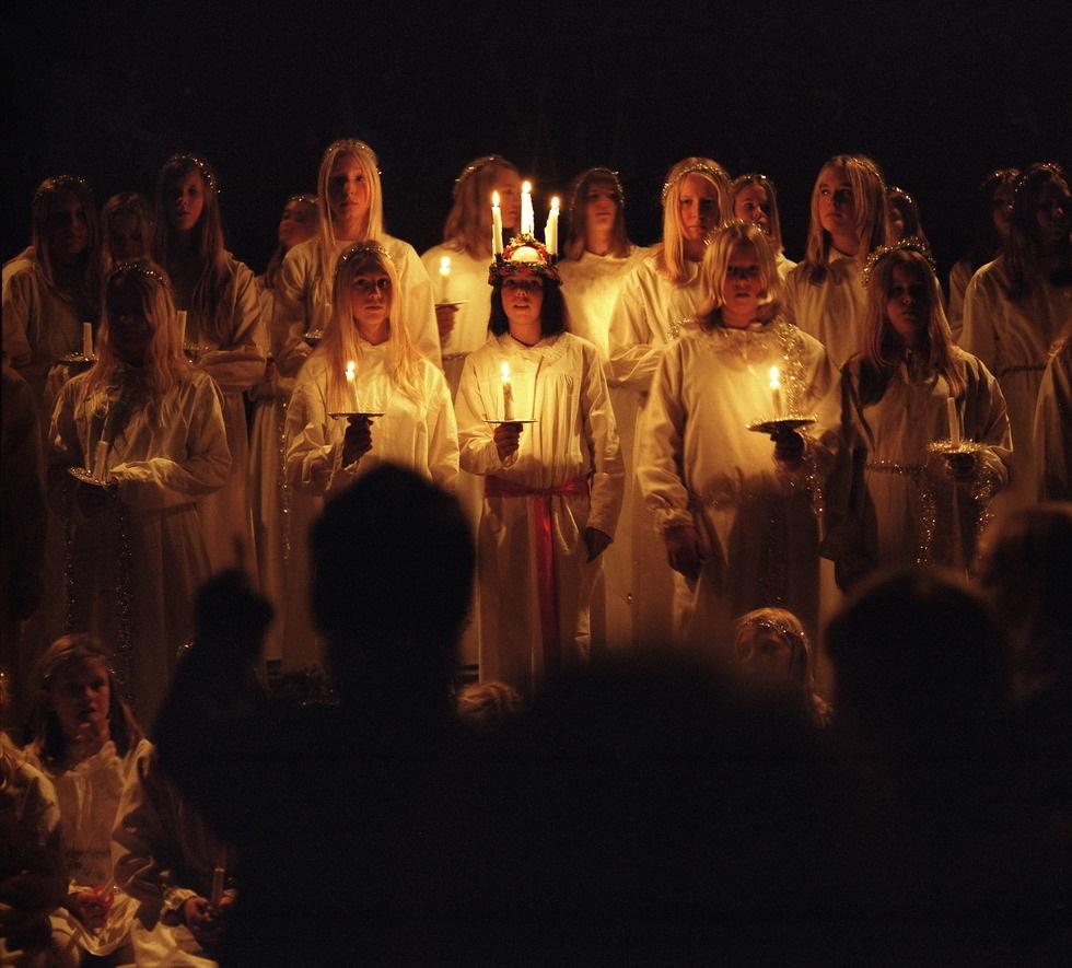 Celebrando la noche de Santa Lucía en Suecia
