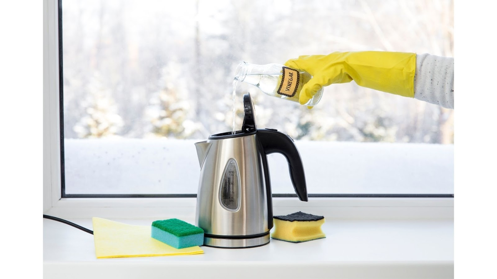 Cleaning Office Kettle