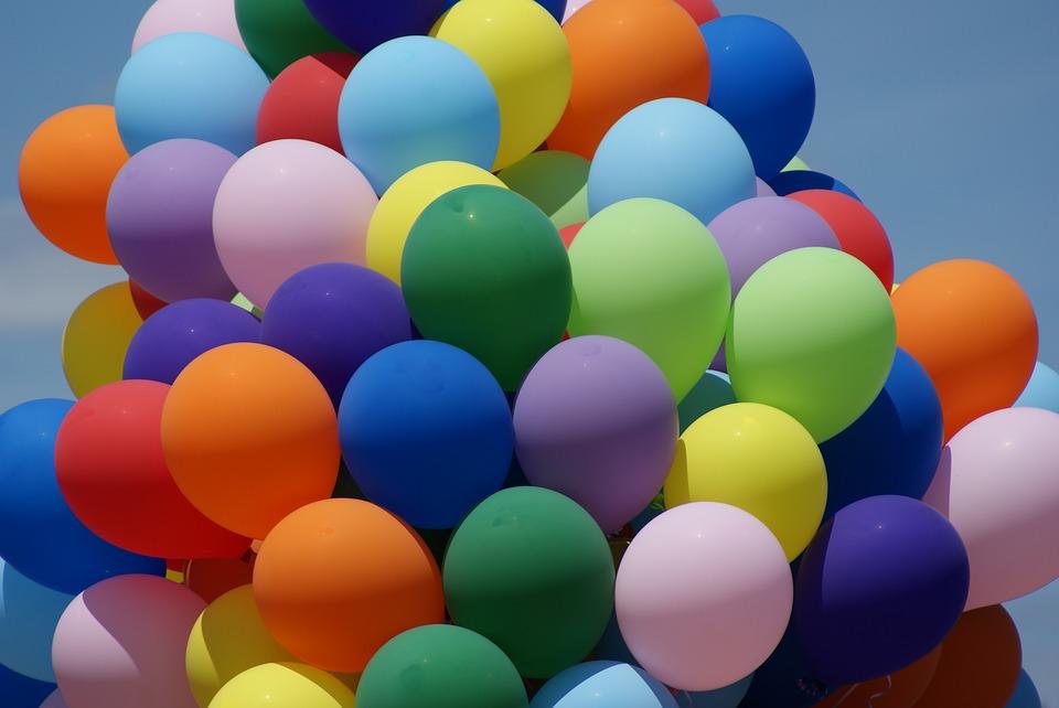 balloons-2095449_960_720.jpg