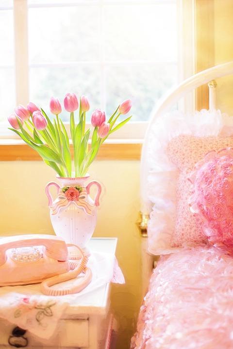 tulips-2095744_960_720.jpg