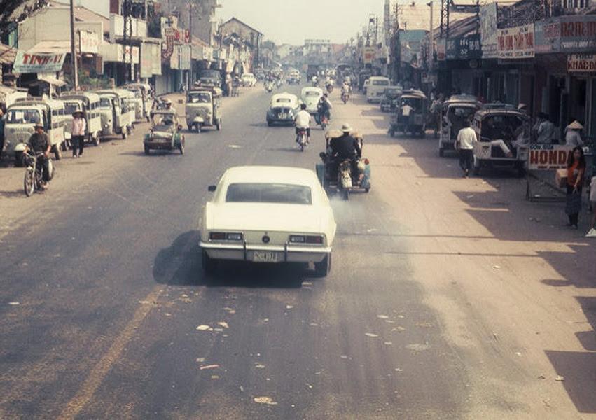 60 tấm ảnh màu đẹp nhất của đường phố Saigon thập niên 1960-1970 - 50