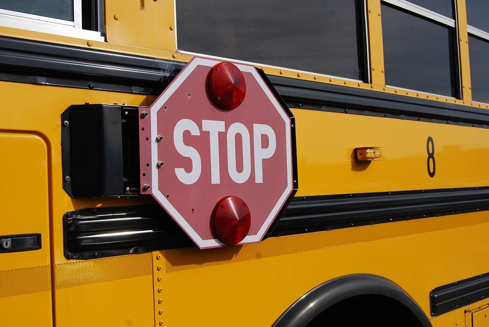 bus-1098970_960_720.jpg