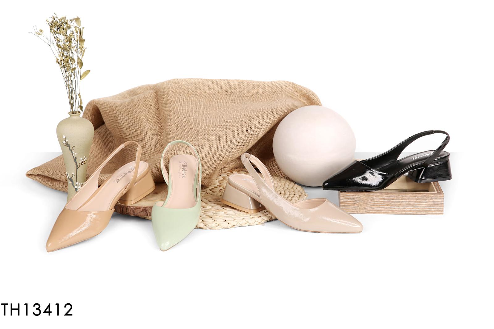 Giày công sở nữ được nhiều tín đồ giày săn đón