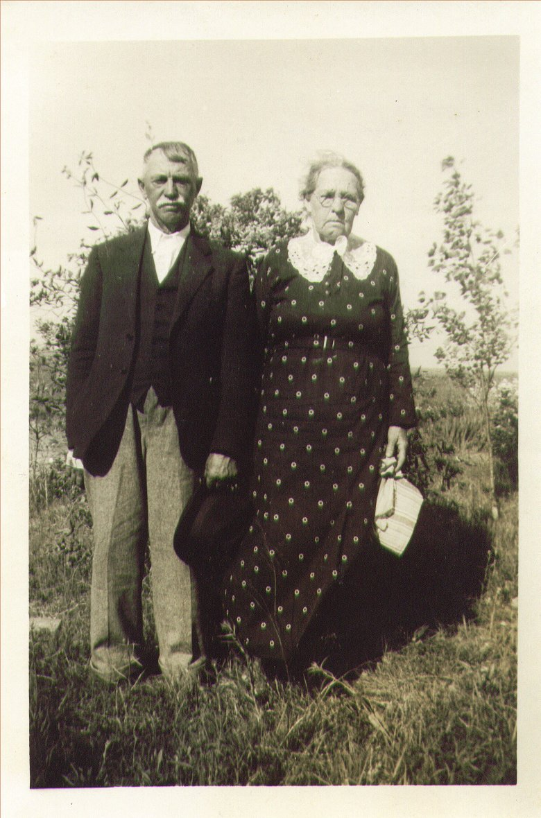 Lemuel and Rebecca Vaughn.jpg