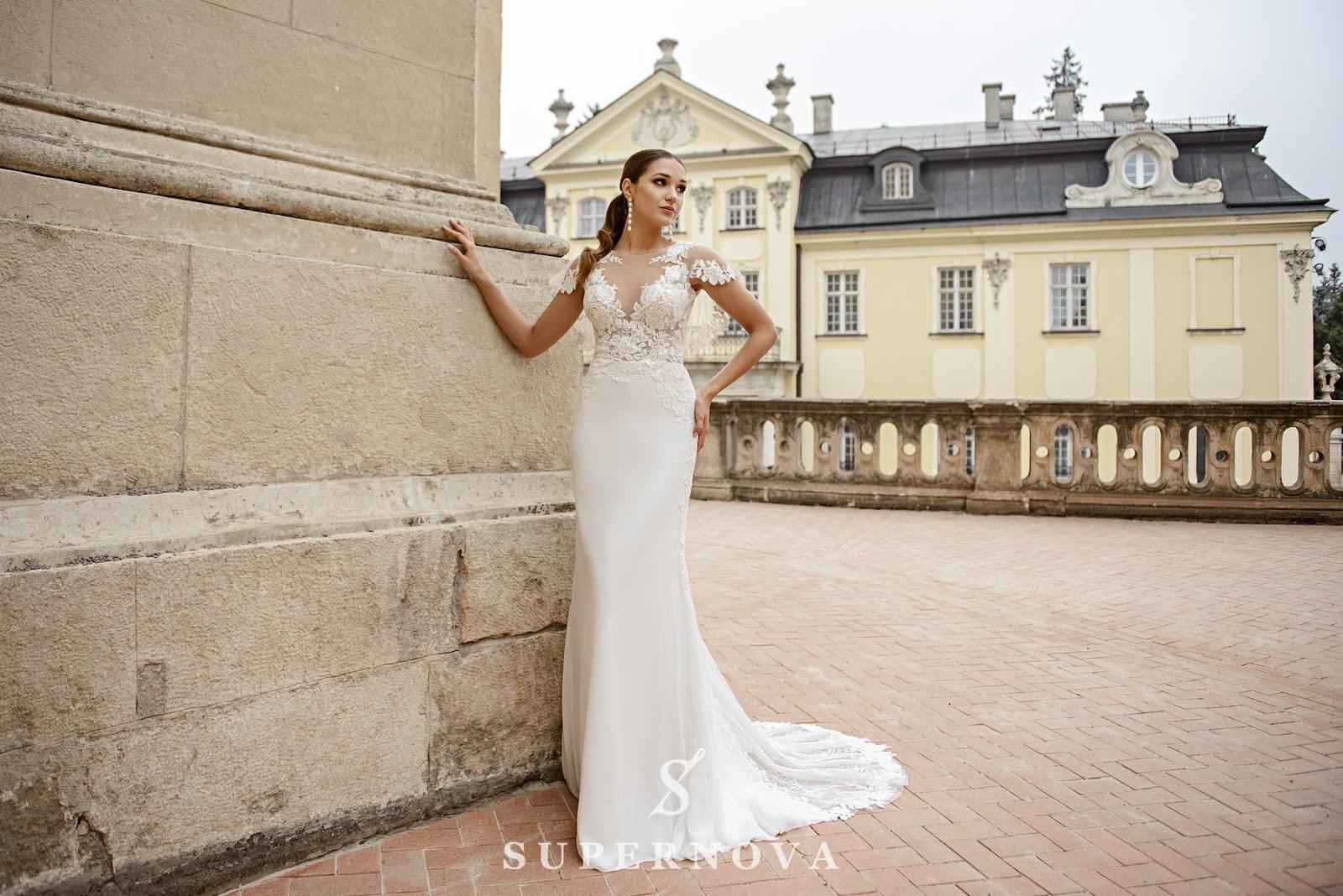 965aa30e73b78c В онлайн-каталозі компанії ви можете ближче познайомитися з шикарними  останніми колекціями і купити ніжні весільні сукні оптом для своїх елітних  торгових ...