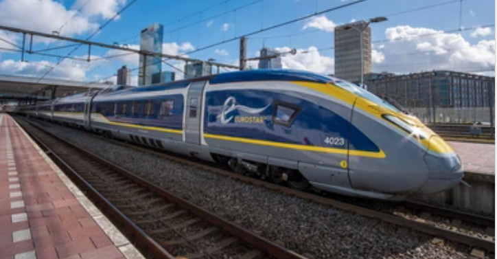 Your worries are taken care of on the Eurostar when using the Disneyland Paris Express Luggage Service